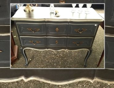 Relooking d'une commode galbée