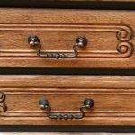 Commode 4 tiroirs détails des ferrures