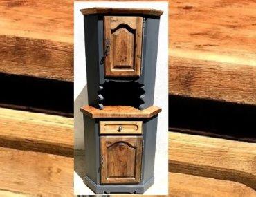 Relooking d'un meuble d'angle à deux portes